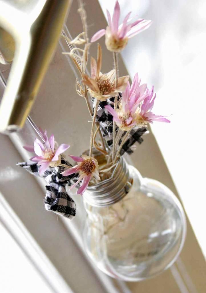 DIY villanykörte váza