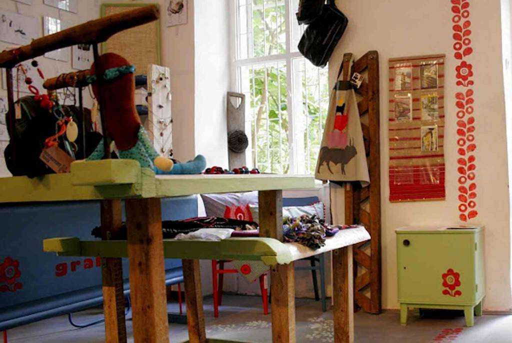 arts and craft shop budapest, grandio hostel