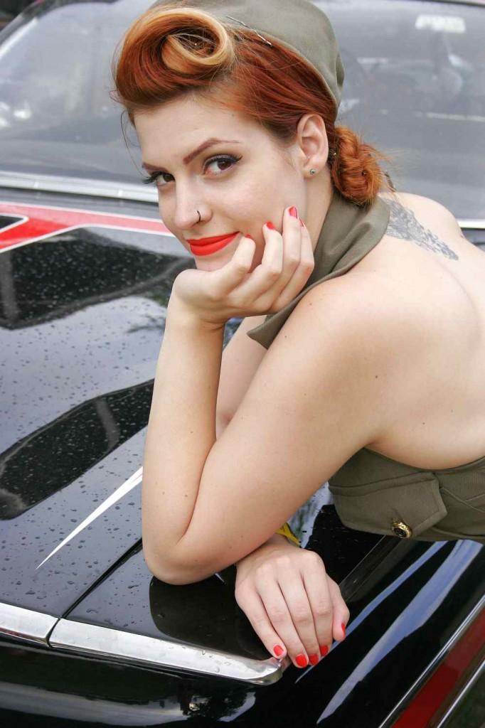pin-up girl model kyra