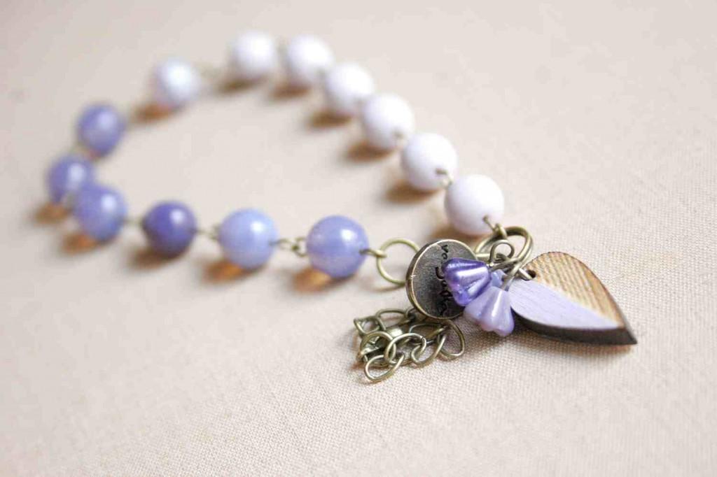 design jewelry bracelet with leaf