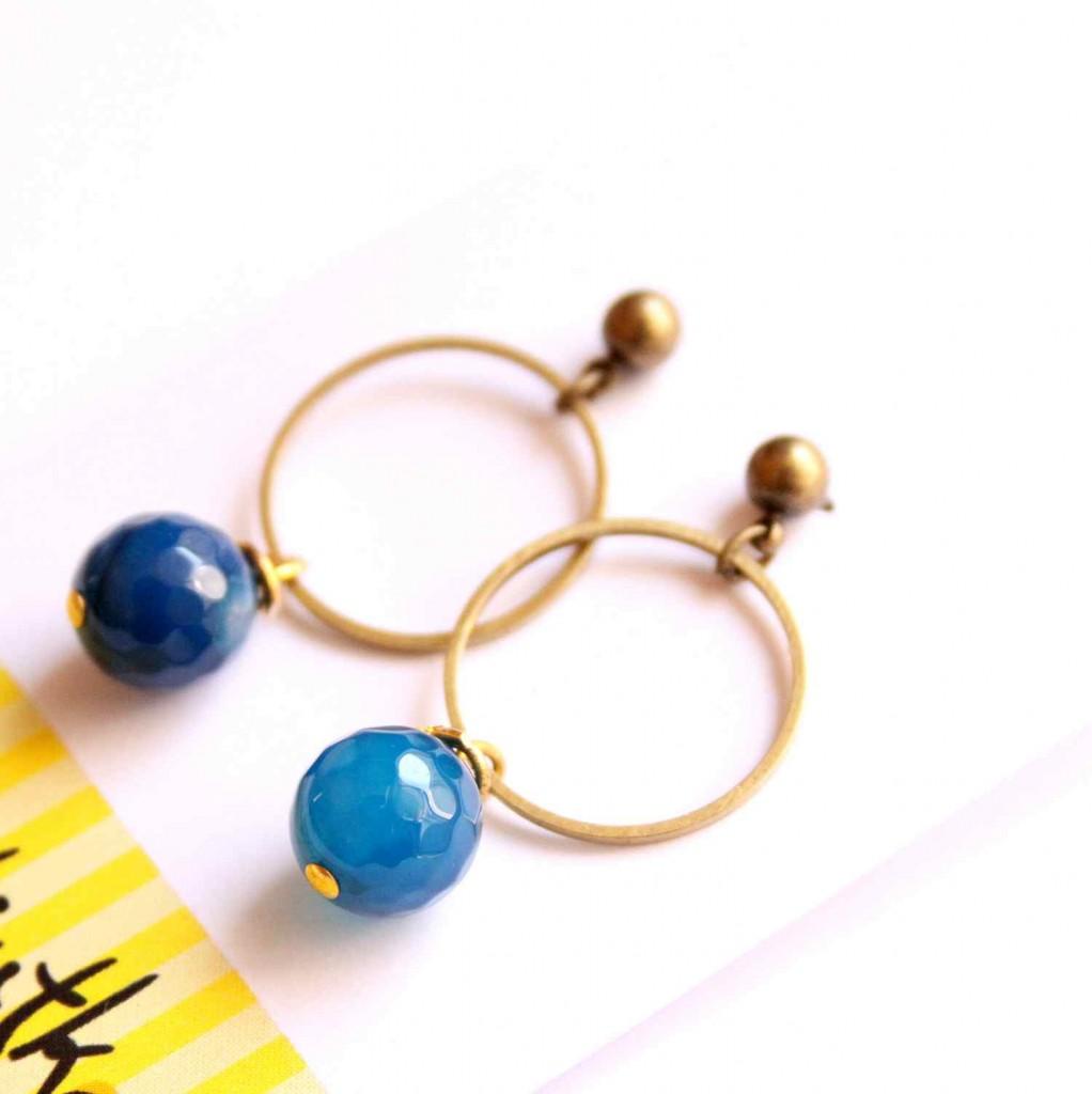 kék karikás fülbevaló