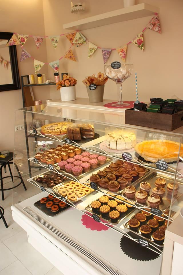 cukrászda / cake shop by cuppcake