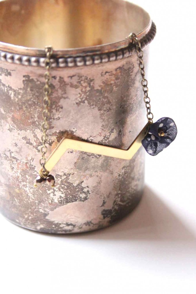 cikkcakk nyaklánc / zigzag necklace